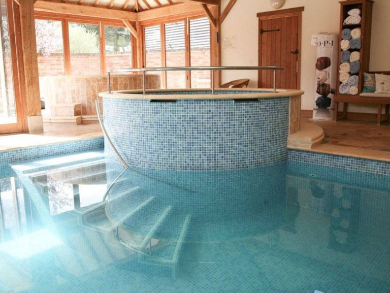 swimming-pool-2-gallery-Poppinghole-Farm-Spa