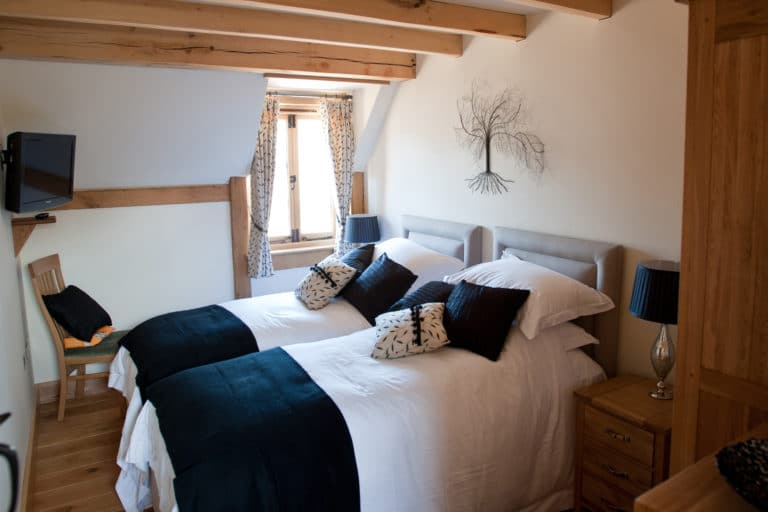 17a_eastbarn_bed2-V2